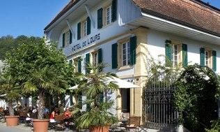 hotel-de-lours-1